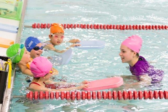 how to choose a swim school